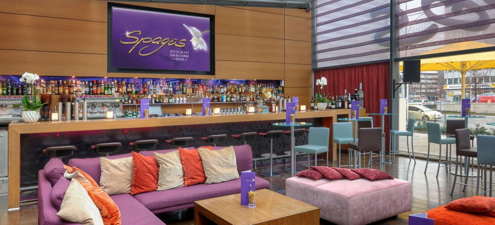 Park-Inn-by-Radisson-Berlin-Alexanderplatz-Spagos-Restaurant-Bar-Lounge