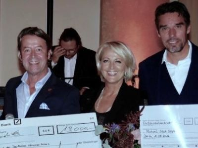 7. Charity Golf Turnier